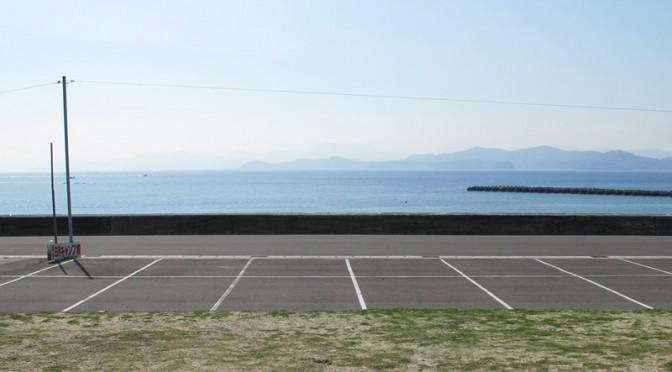 御座白浜キャンプ場の海の見える駐車場