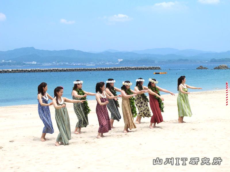 gozashirahama-hula_2014_02
