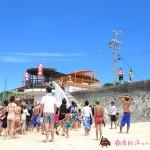 中日デーラッキーボール投げに御座白浜キャンプ場スタッフも運営側で参加しました。